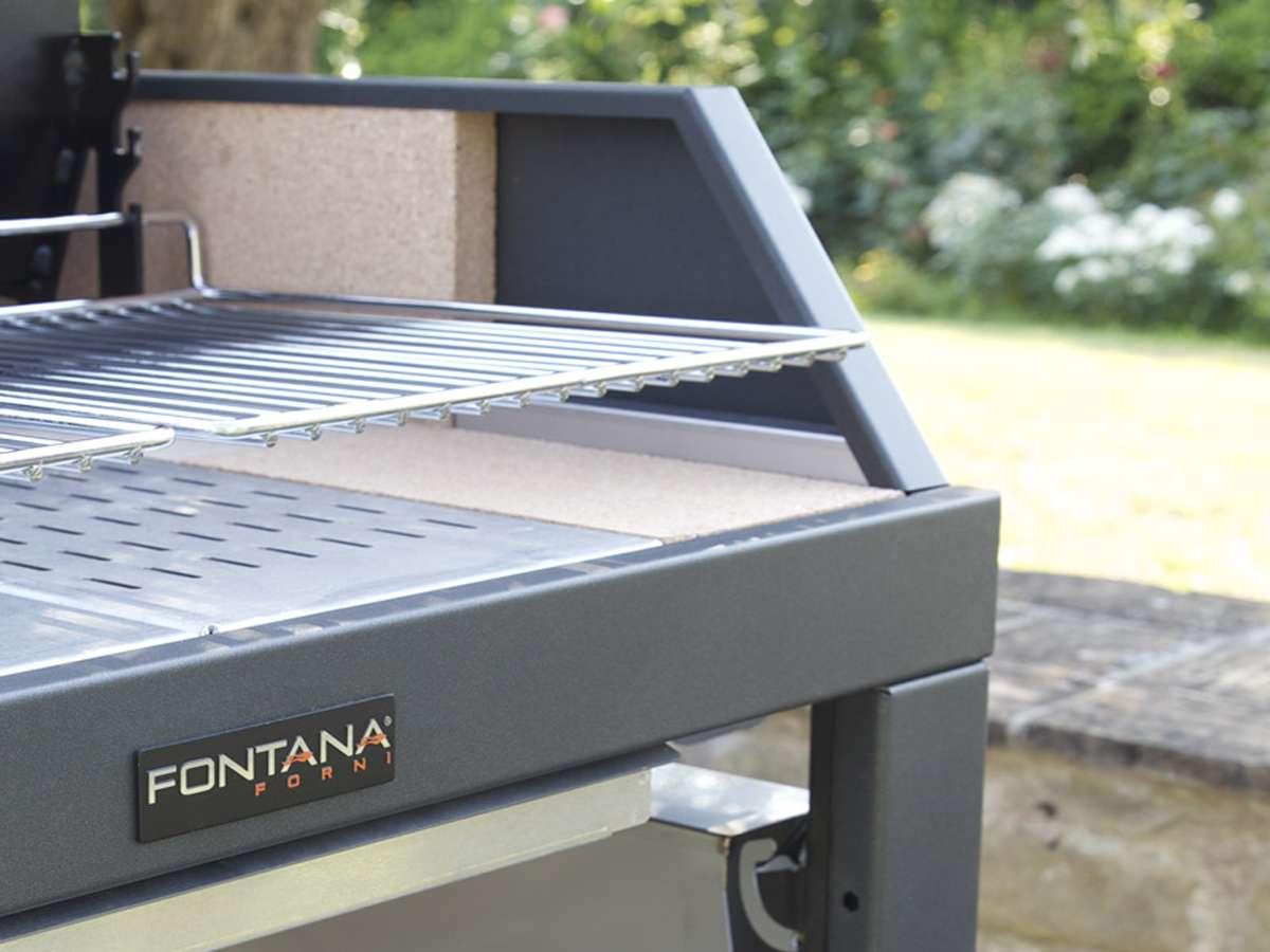 Barbecue a legna MEDITERRANEO - Fontana dettaglio
